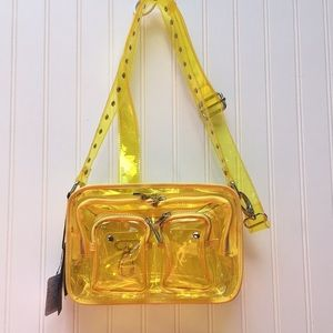 Nunoo Pernille Translucent Cargo Bag
